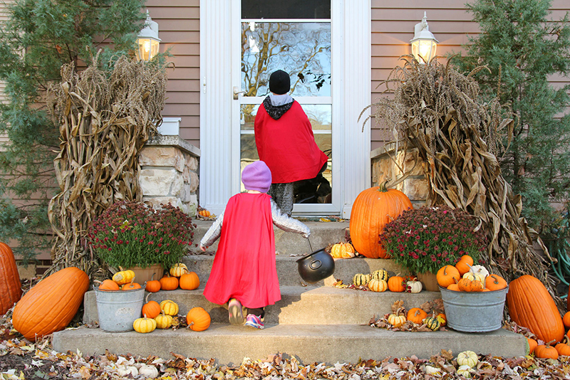 Halloween Safety Tips for Your Children!