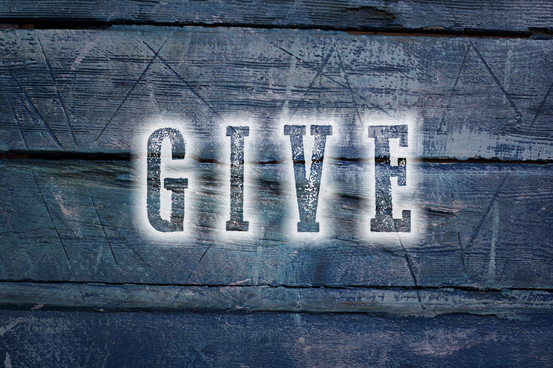Easy Ways to Give Back During the Holidays